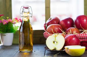 Каким образом свести родинку в домашних условиях с помощью яблочного уксуса